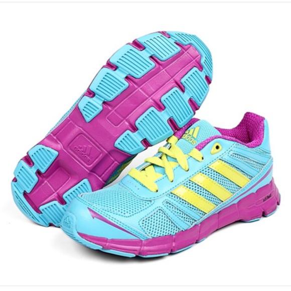 {NWT} Adidas Adifast K Youth Girls Running Shoes